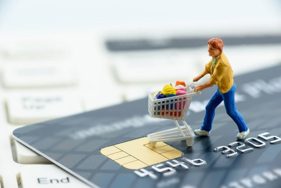 Balancing Cross-Border E-Commerce Against Capital Outflows